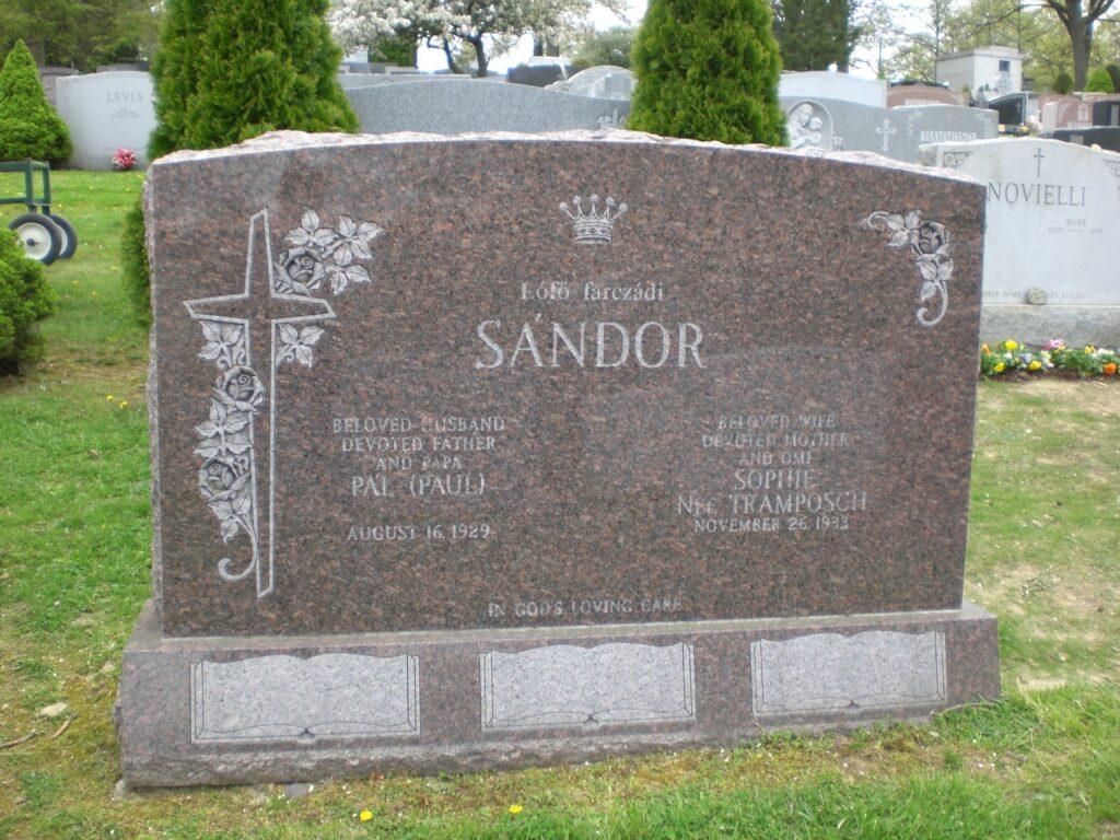 Family Monument 31