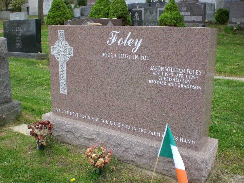 Family Monument 53