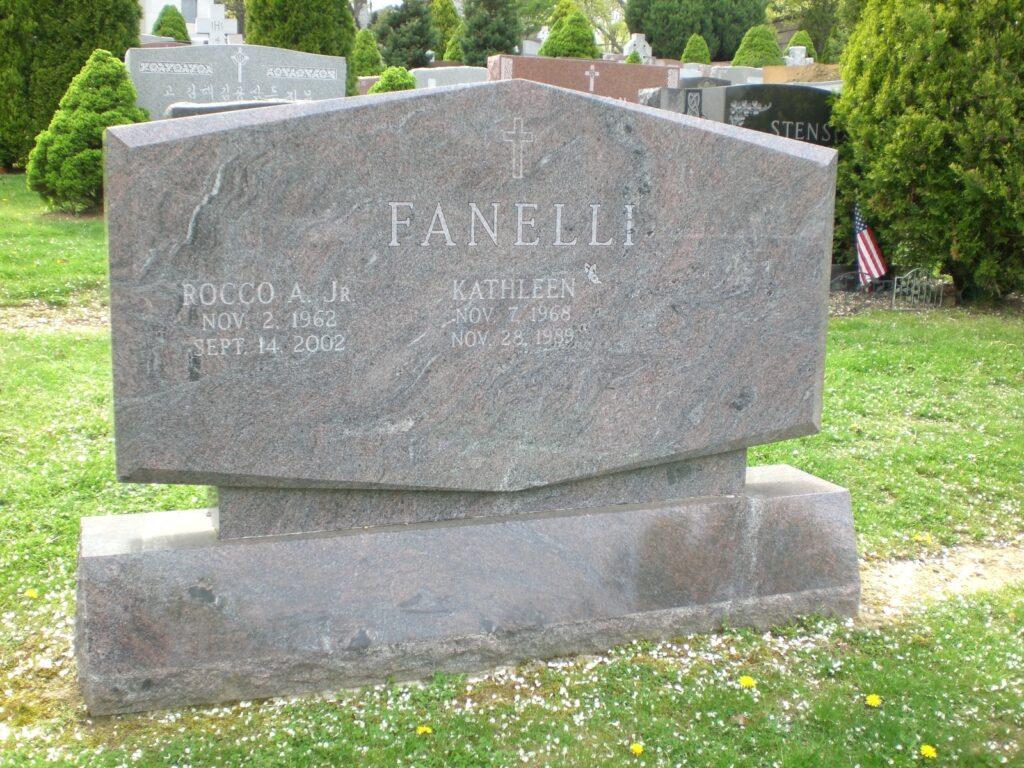 Family Monument 70