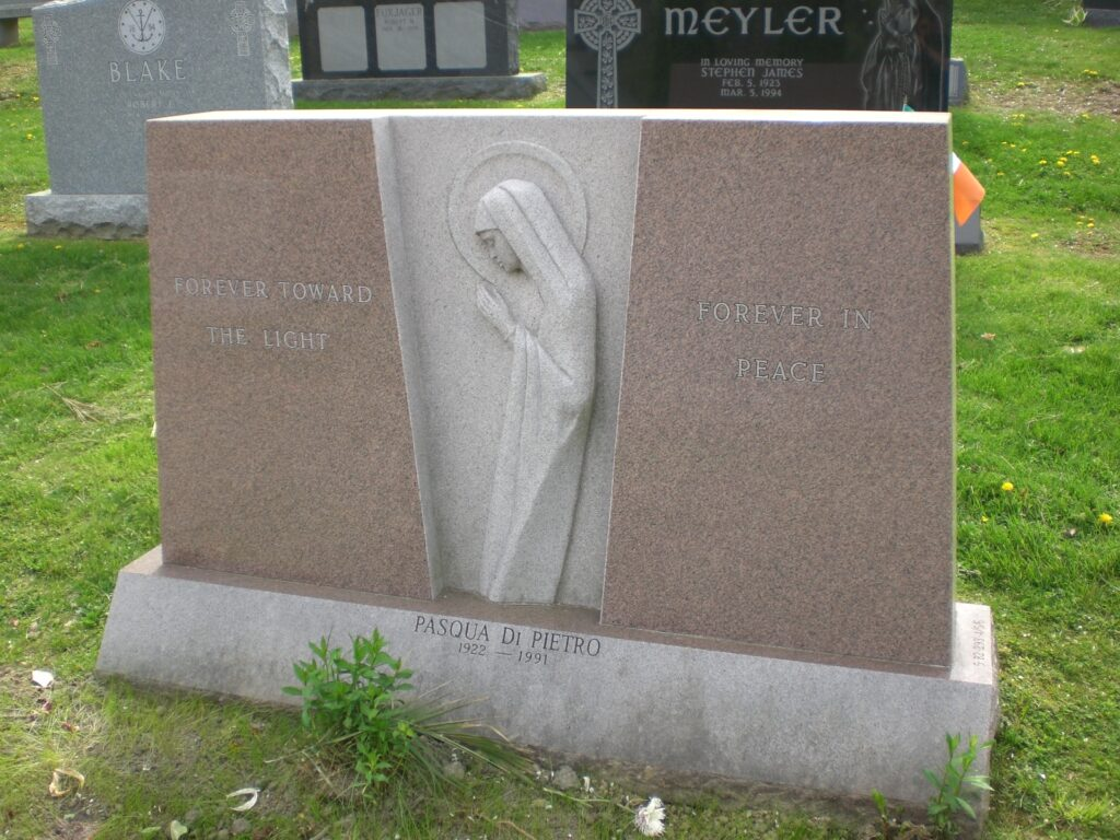 Family Monument 73
