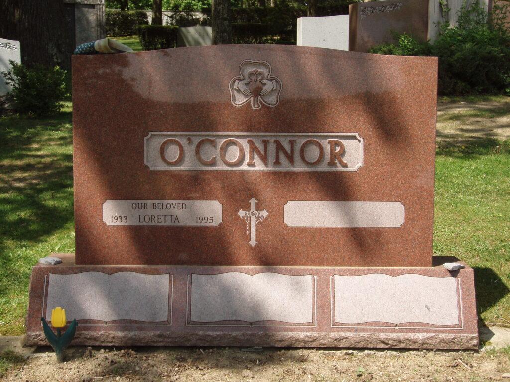 Family Monument 11