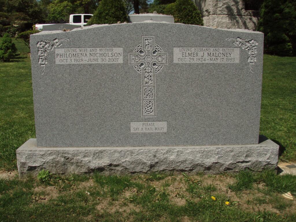 Family Monument 18