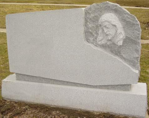 Family Monument 82