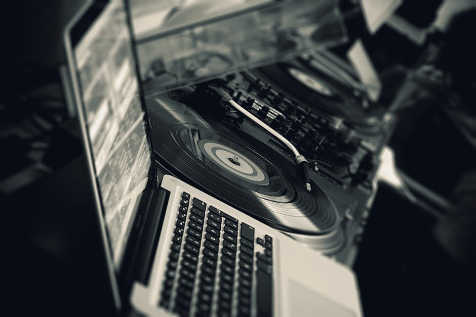 How to Get the Most Out of Your Wedding DJ