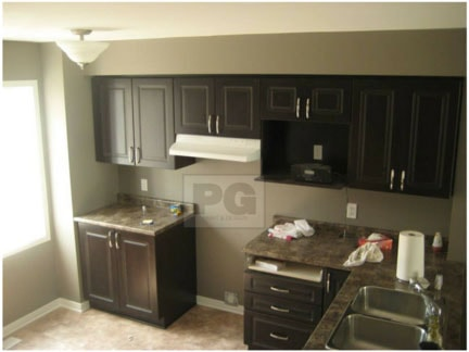 interior painting of kitchen by painters PG PAINT & DESIGN painting company