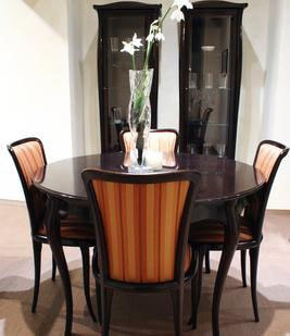 Dinning Room With Modern Tables and Chairs