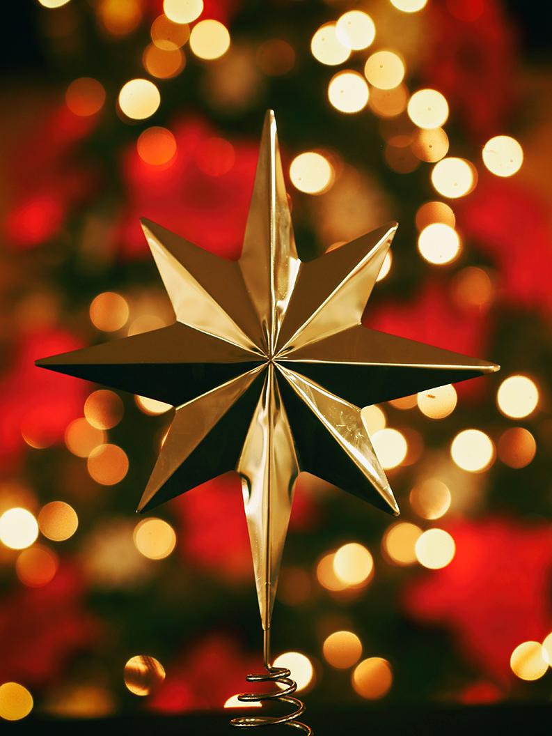 gold Christmas tree star ornament