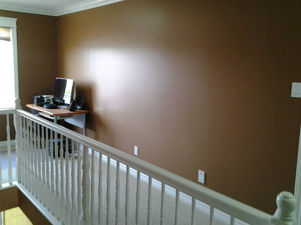 interior painting of wall with eggshell paint finish by PG PAINT & DESIGN house painters in Ottawa