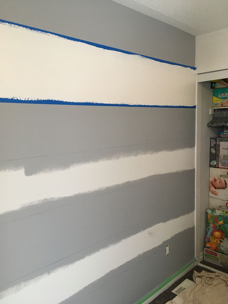 painting stripes on interior wall of room in Ontario Ottawa