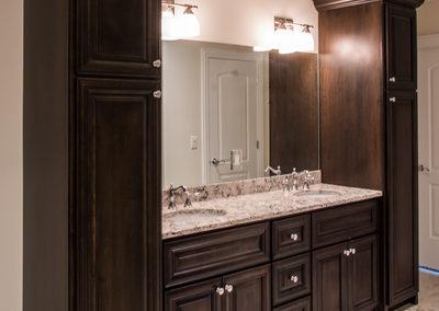 MK Custom Homes - Bathrooms