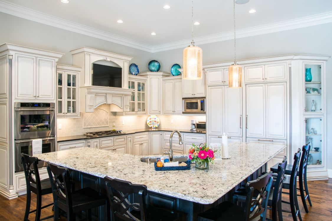 MK Custom Homes - Beautiful Kitchens