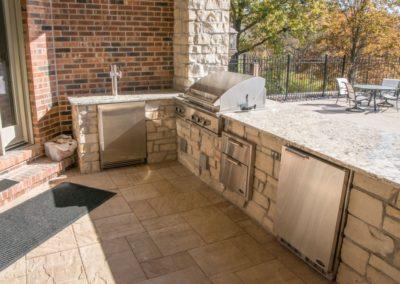 MK Custom Homes - Outside Kitchen