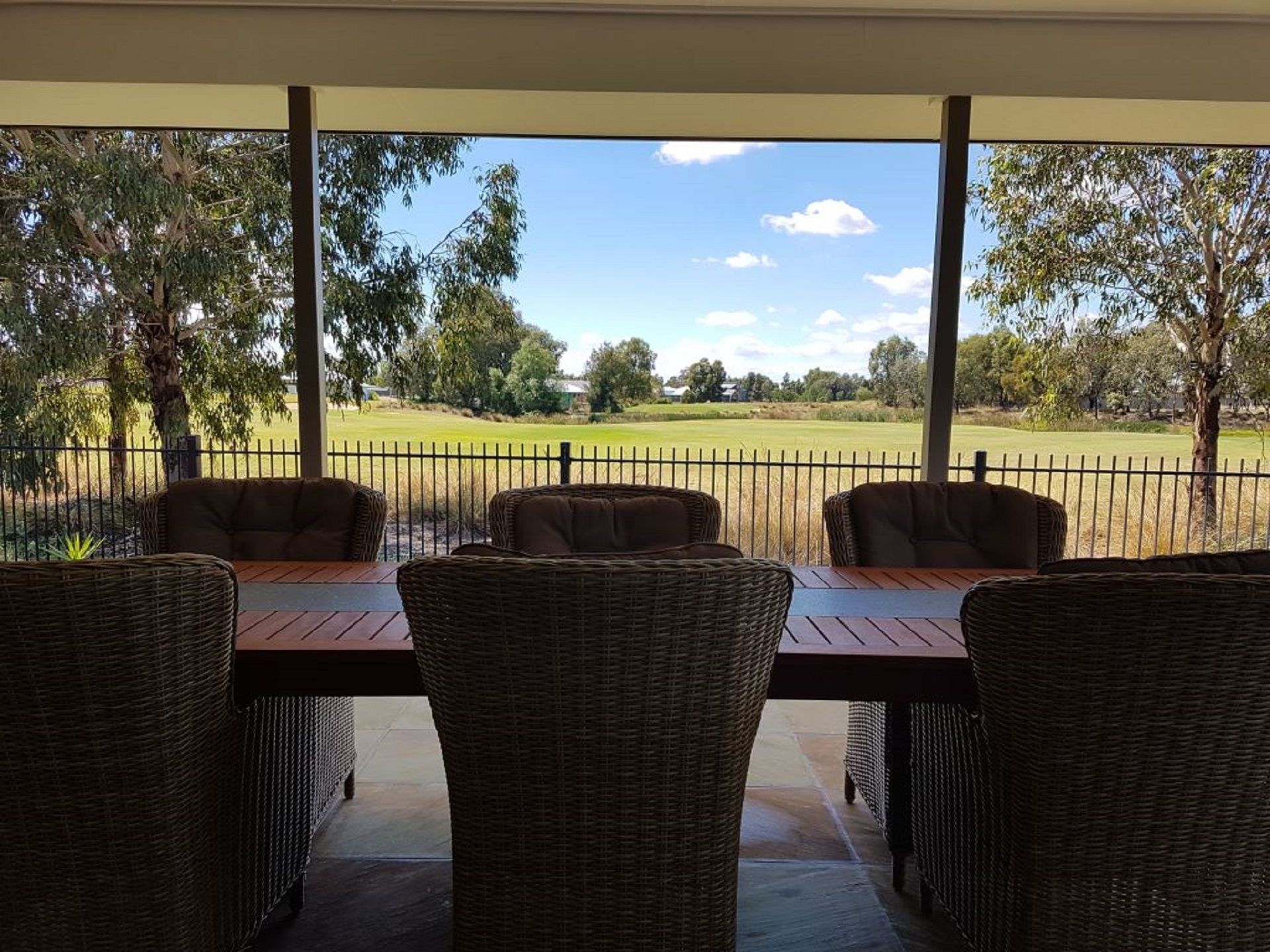 Fairways_80 Robinson Way Yarrawonga alfresco view