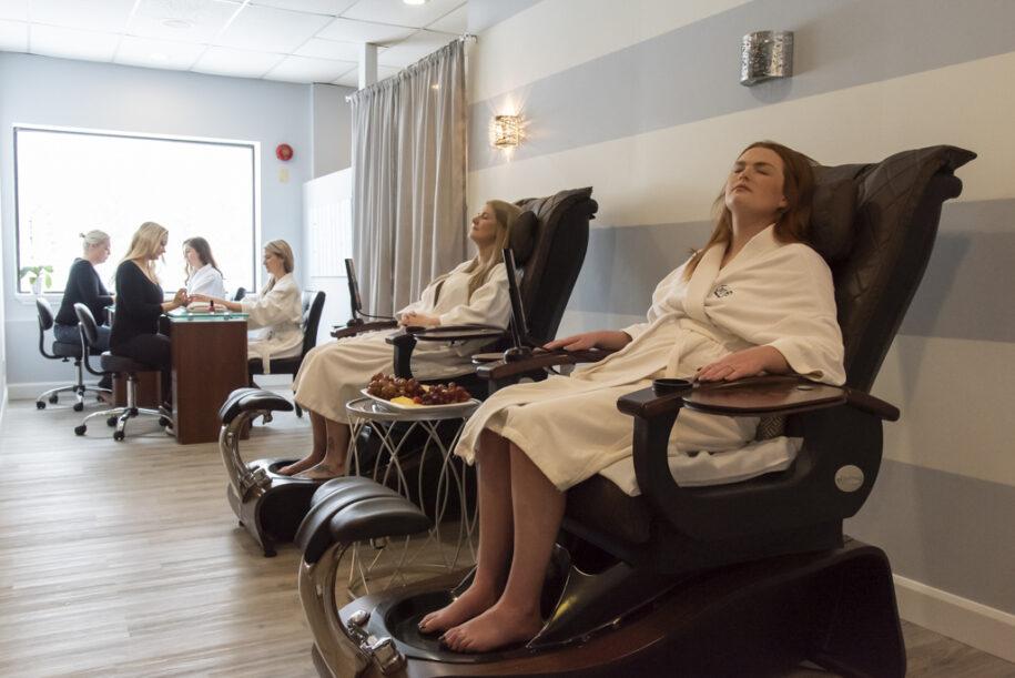 girlfriend retreat ladies spa day georgian bay hotel