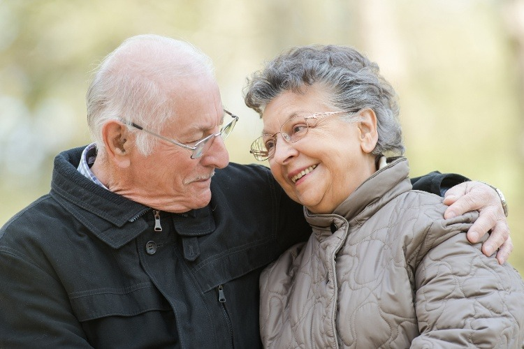 """The Science Behind Why """"Super-Ager"""" Seniors' Brains Look Younger"""