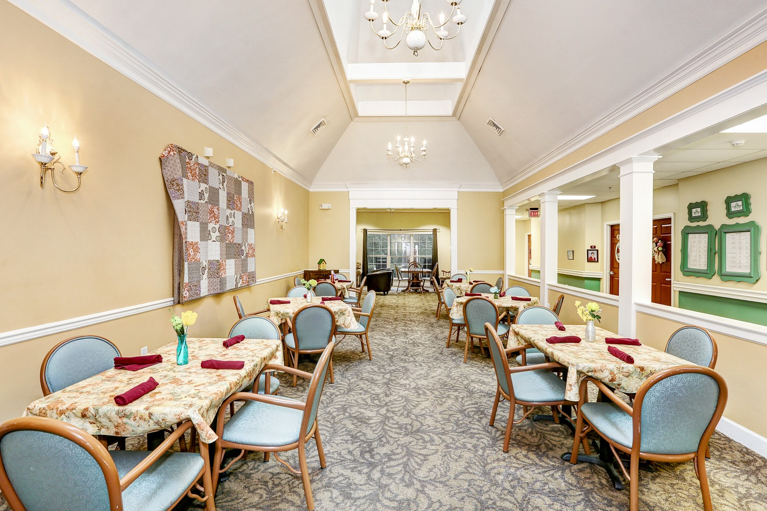 Corinth, MS - Dining Room