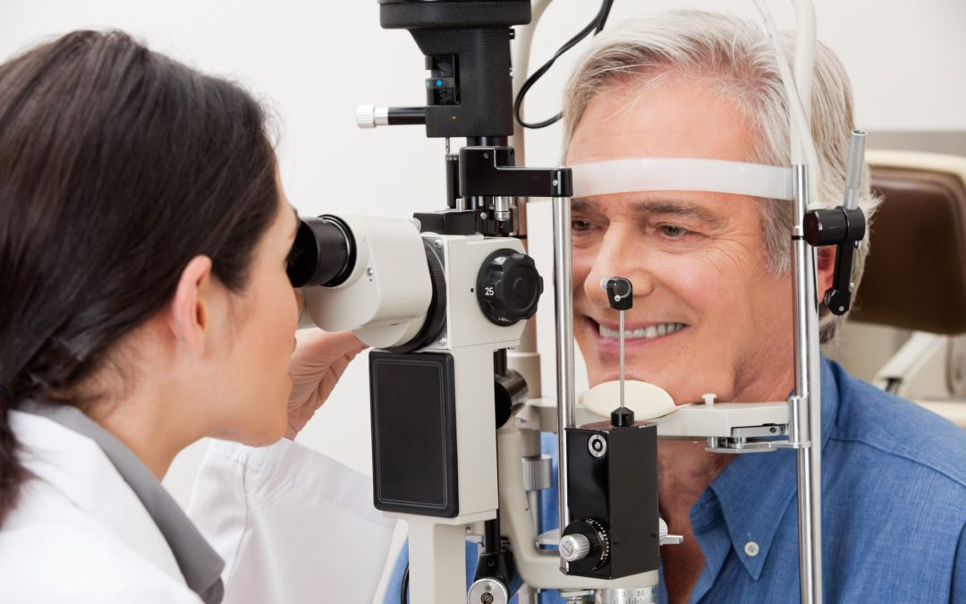 What is Macular Degeneration and How Can It Affect Your Senior Loved One?