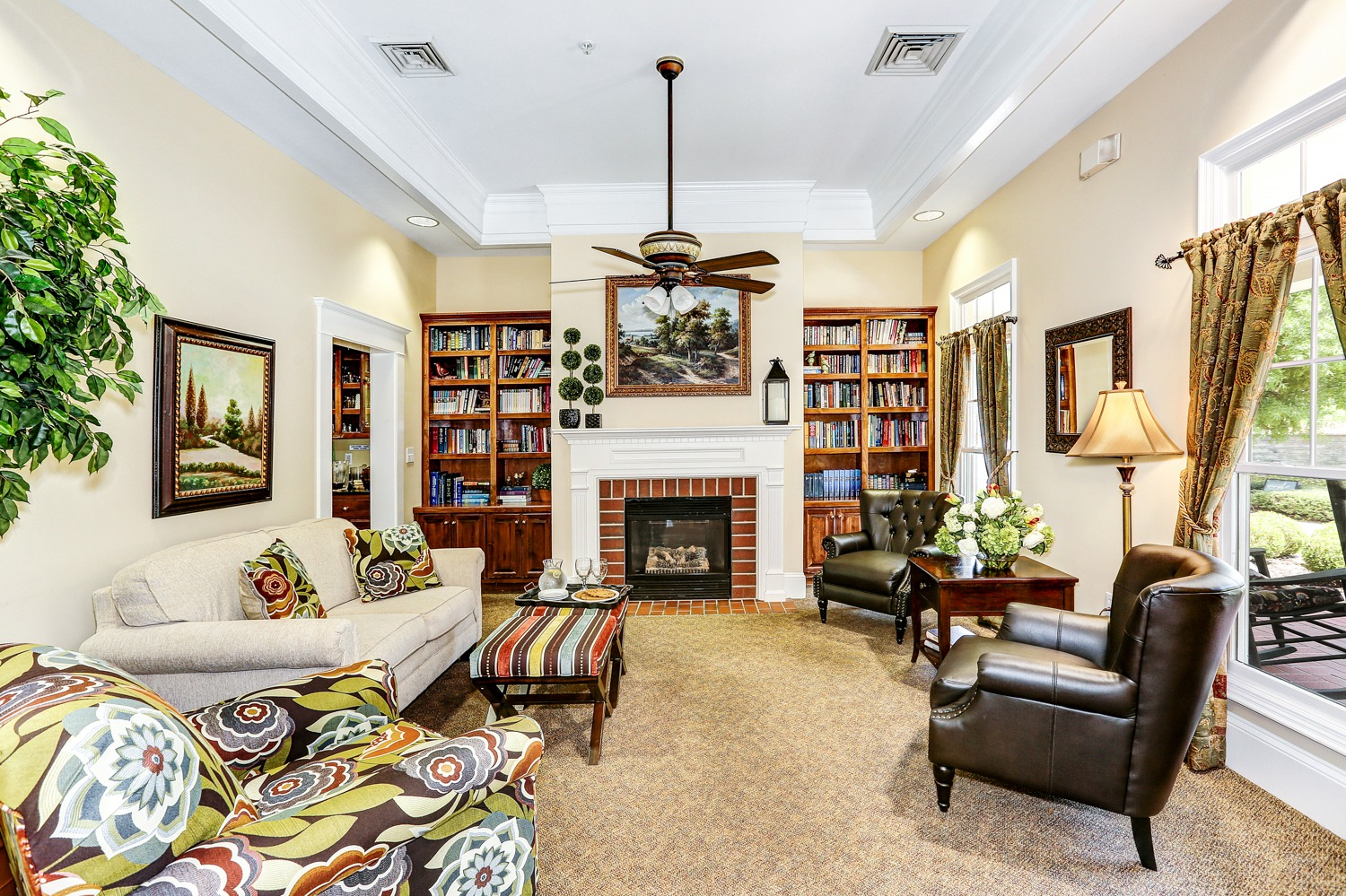 Mountain Brook - common area living room
