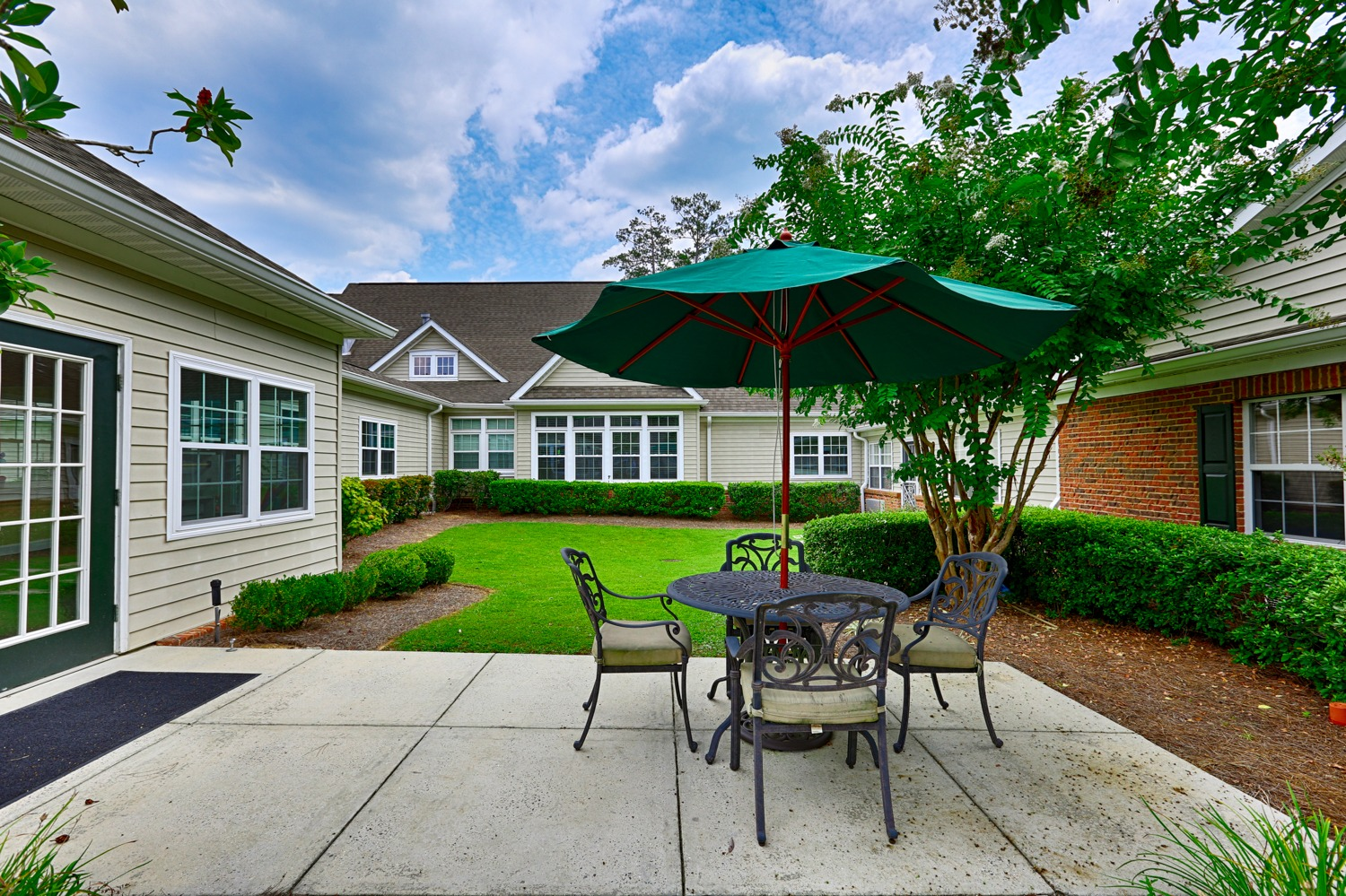 Mountain Brook - Outdoor area with patio furniture