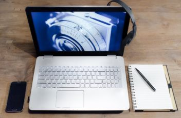 Headphone Laptop Products