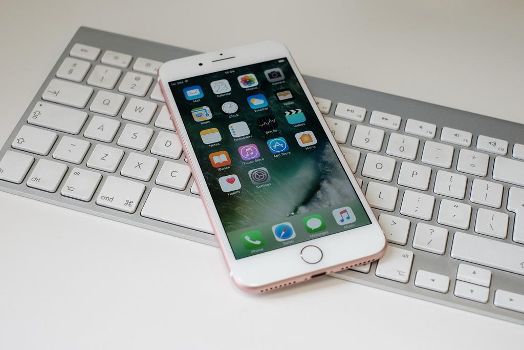 iPhone 7 keybaord