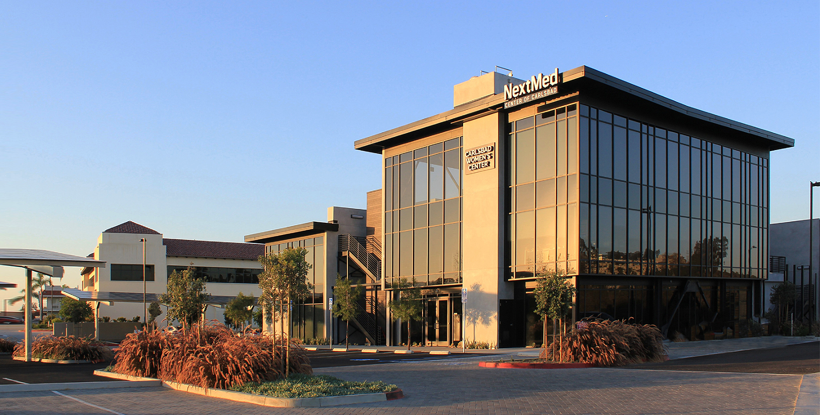Carlsbad-nextmed-medical-doctor-clinic-med-physician-medcenter-health-center-building-panorama