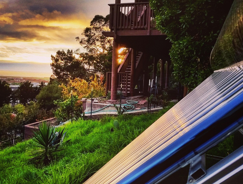 Solar water heater at Sunset, the Sunbank SB80G