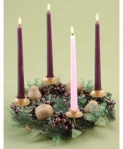 Advent Wreath 14 inch with Berry and Pear
