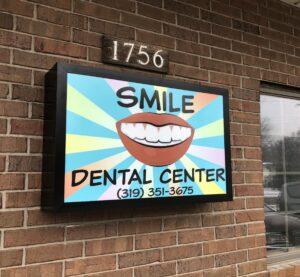 SmileDentalCenterSign