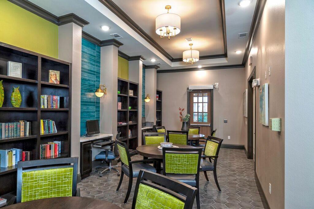 Evergreen Rowlett Library