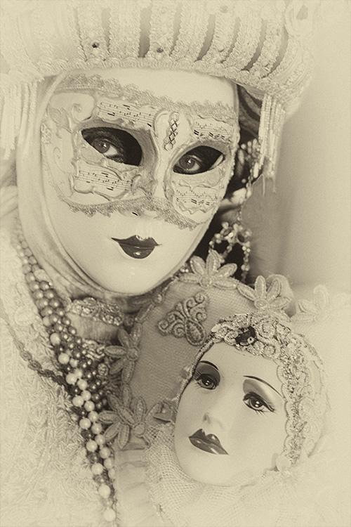 Judi Feinman - Lady with Mirror - A IOM BW