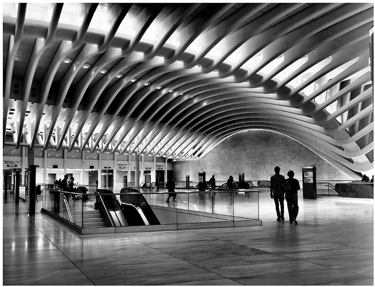 Susan Silkowitz - People At The Oculus 2 - B&W-A (IOM)