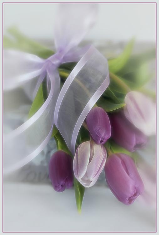 Color Salon-Valerie Interligi-Easter Tulips-10 (IOM)