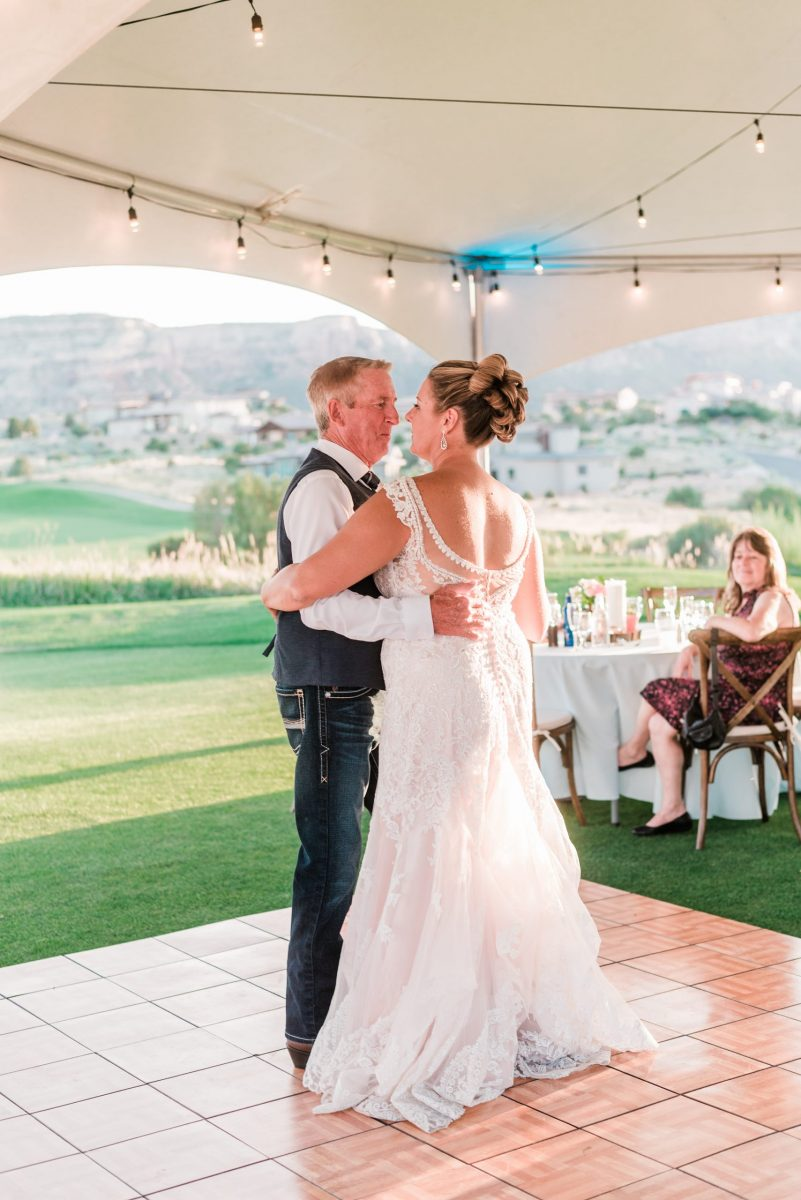 Redlands Mesa Golf Club Wedding | Photos by Amanda Matilda Photography