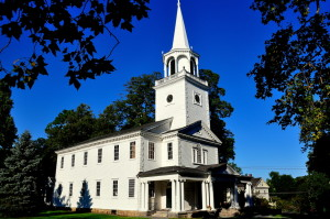 Washington, Connecticut:  The 1741-54 Meeting House of the First Congregational Church on the Village Green - Xu Lei Photo