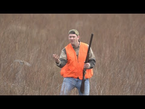 Texas Bird Hunter Makes Incredible One-Handed Catch