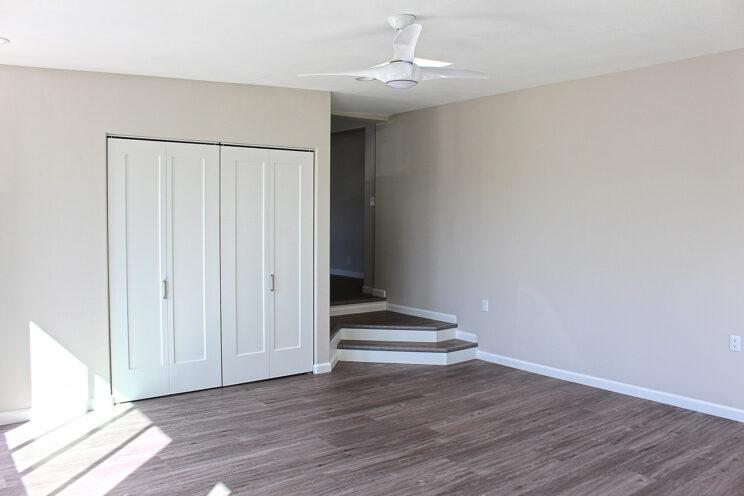 09-Family-Room