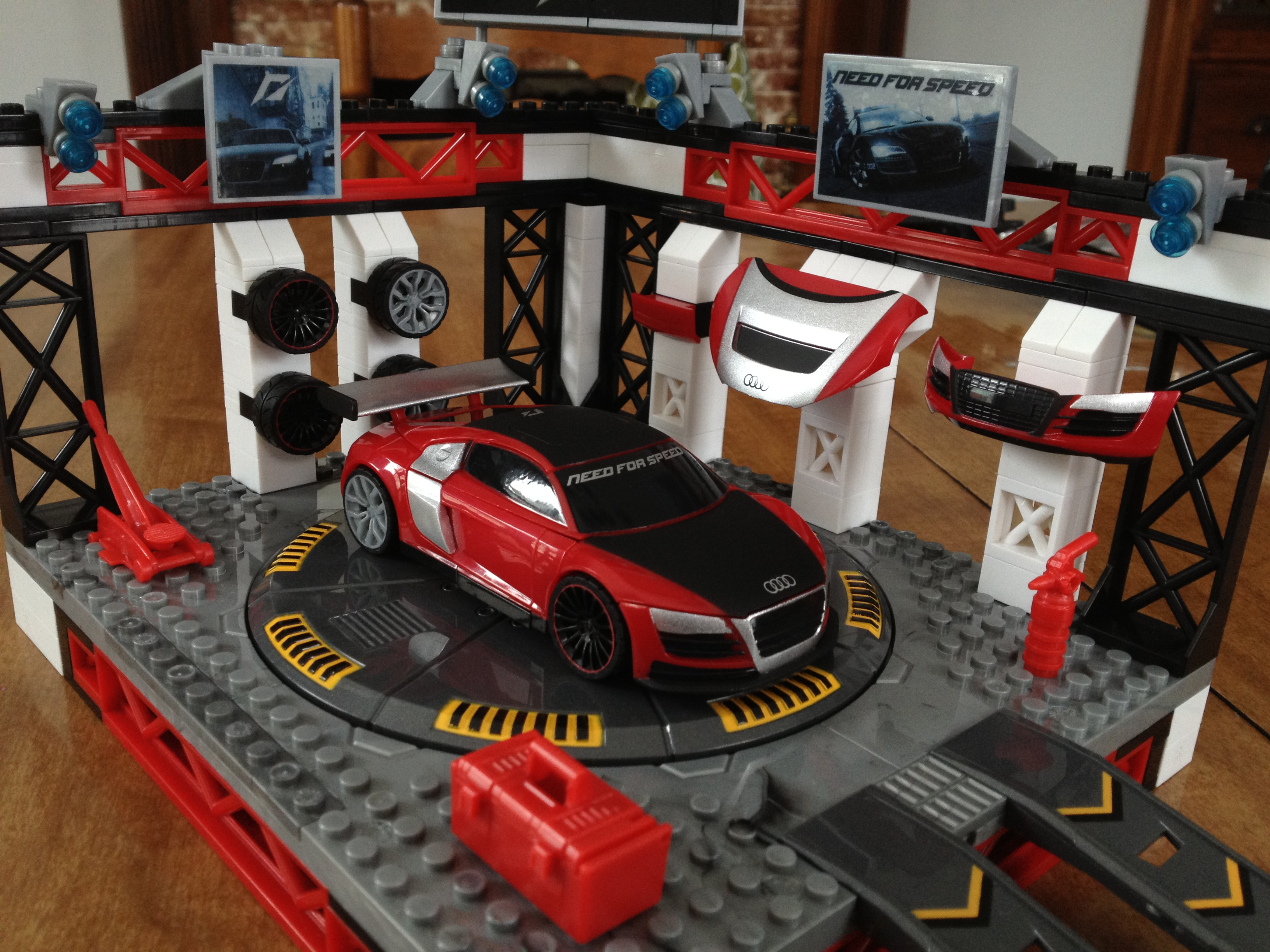 Review/Giveaway MEGA Bloks Need For Speed Custom Garage