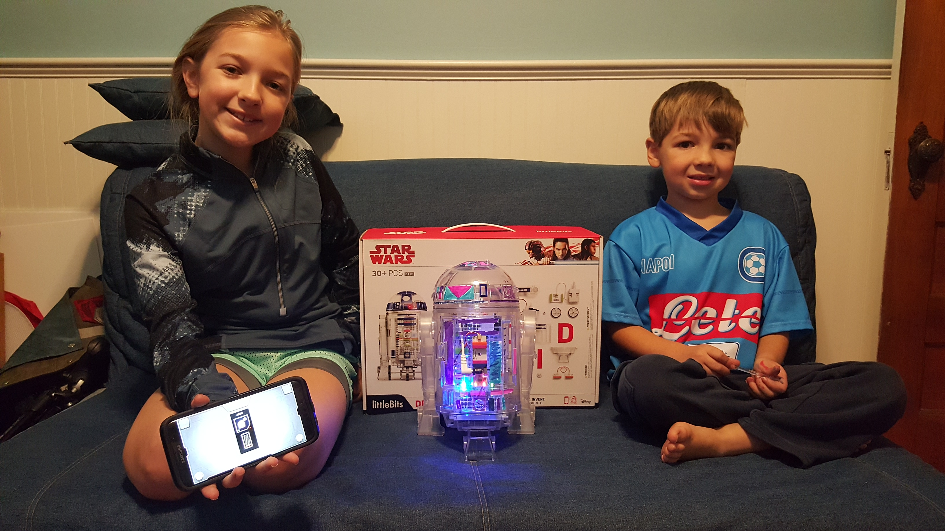 Create the Droid You're Looking For with #littleBits Droid Inventor Kit #inventorswanted