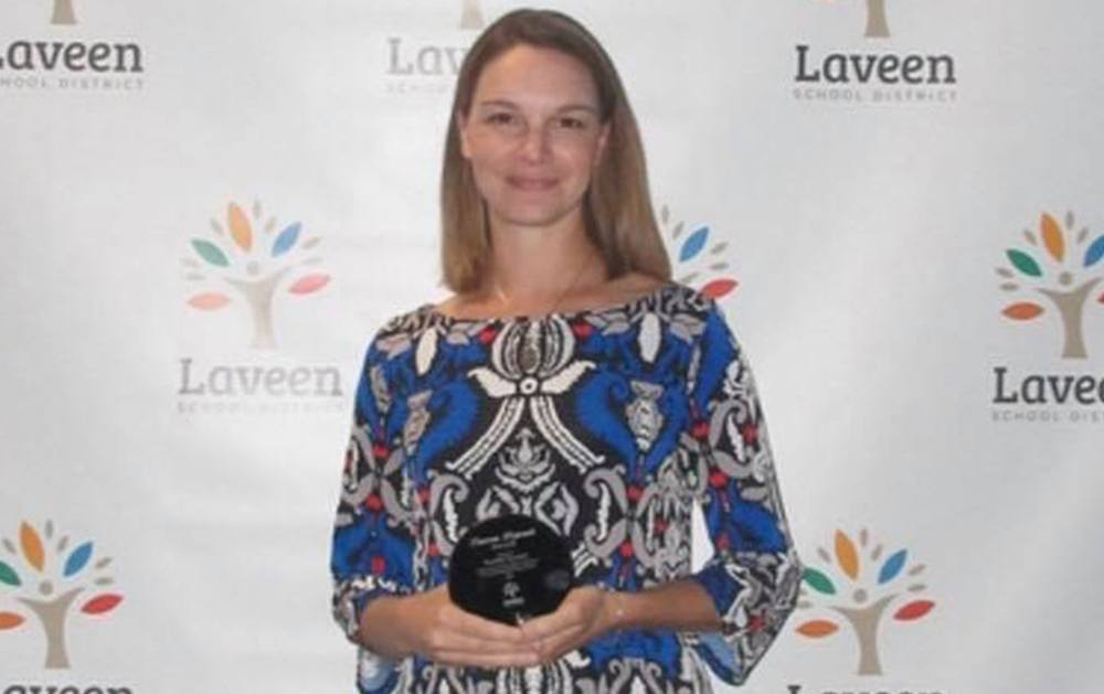 Kristen Glasser received Laveen Legends award
