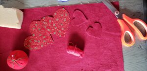 DIY St-Valentin-Tissus-coeur_Papangue-atelier-creatif (2)