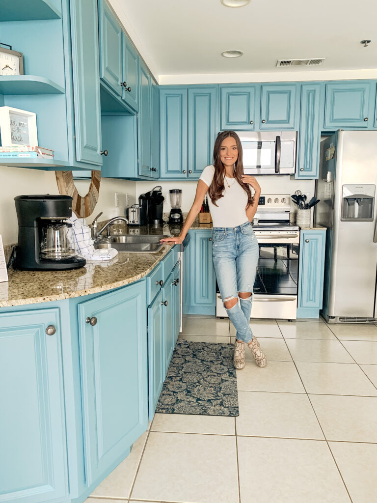 The perfect Panama City Beach and 30A Beach Getaway Vacation - Splash Beach Resort 906E   Caroline Alvarado Lifestyle Blogger