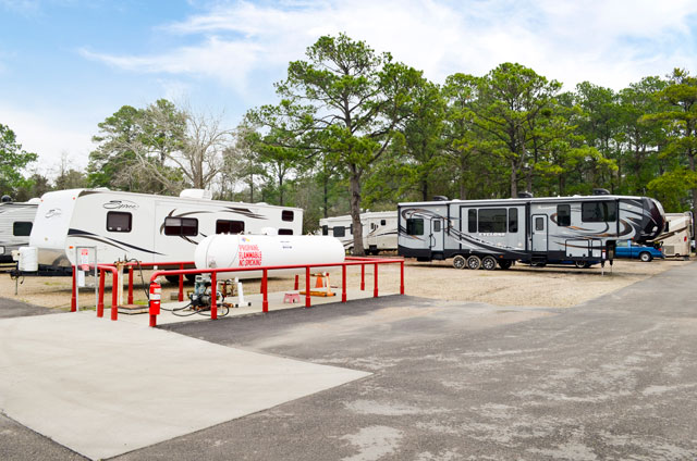 Dues-Camping-Center_propane_The-Houston-Area's-Leader-in-RV-Repair-Parts