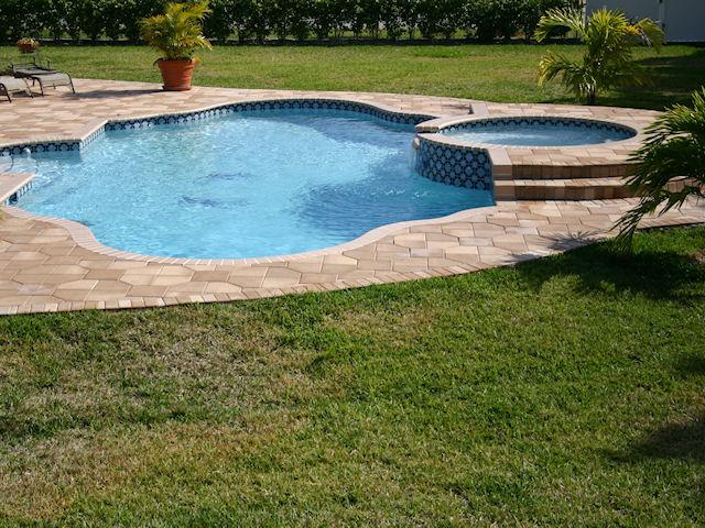 miramar-pool-construction