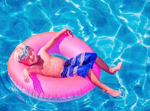 Pembroke Pines pool renovation service