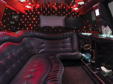 runways-excursion-limo-rental-service Black Stretch Expedition in Dublin