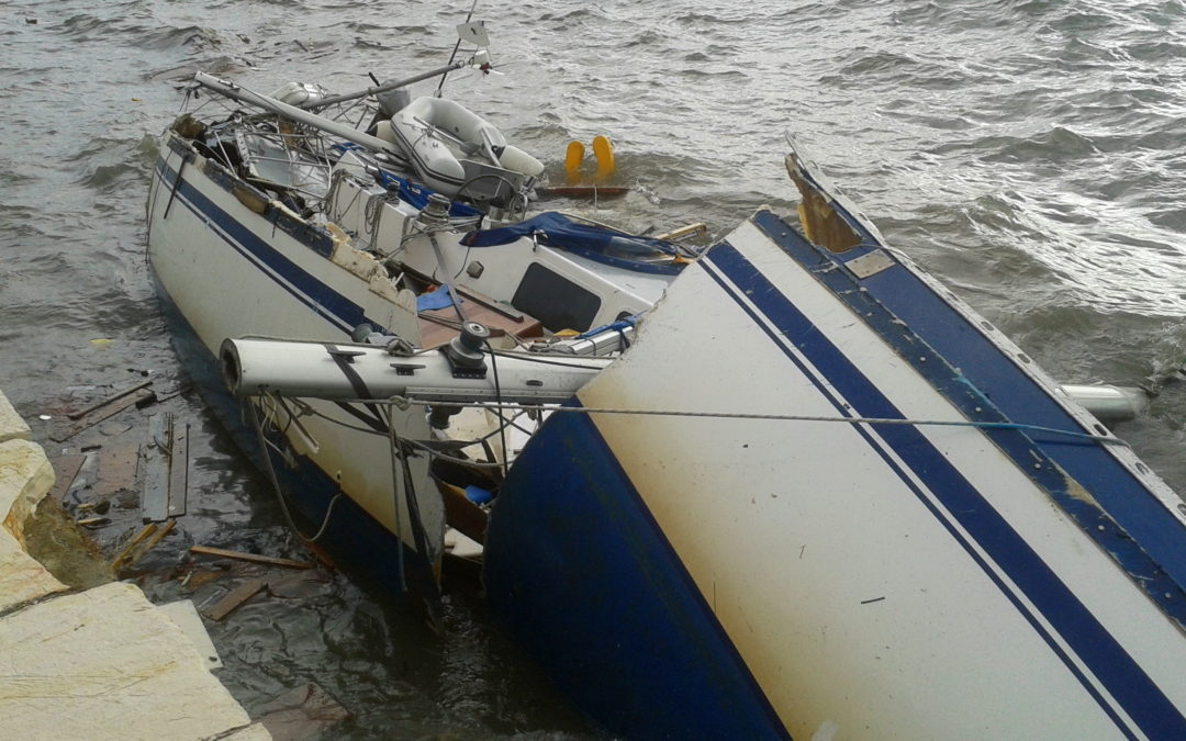 How to Avoid Boating Accidents: Boats and Personal Watercraft