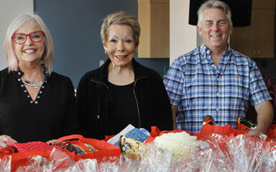 "La Mesa Chamber Annual Senior Holiday Project ""Puts a Little Love"" in Many Hearts!"