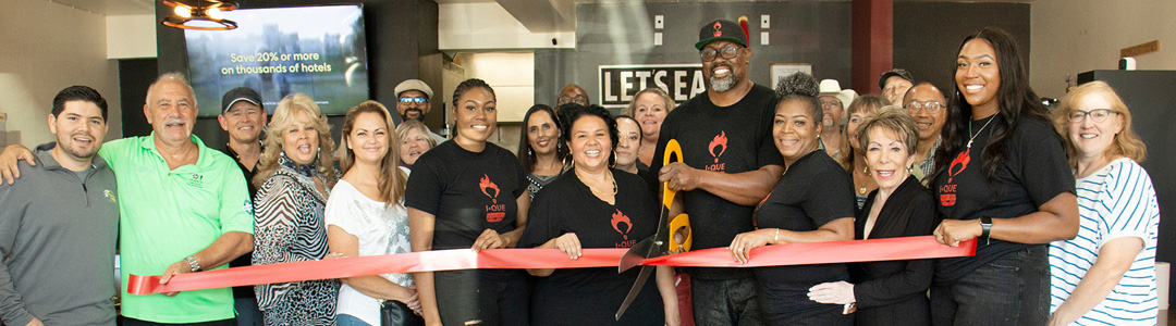 The I-Que BBQ Welcome Ribbon Cutting & Mixer Was a  Lively Food Frenzy!