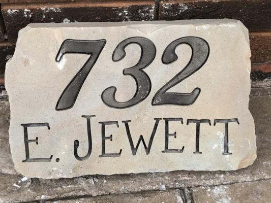 732 E Jewett St